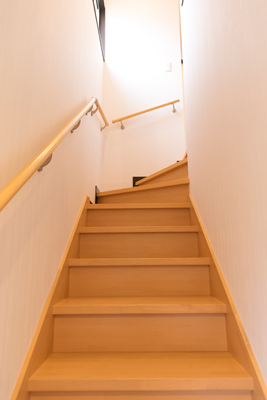 階段を上った2Fになります。