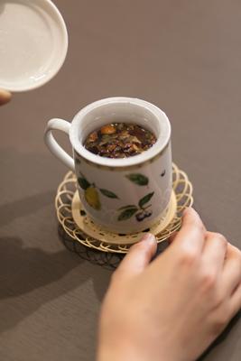 お茶を飲みながら、術後のカンファレンスをします。